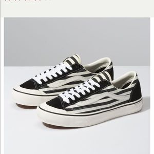 Women's vans Style 36 SF in stripe